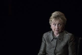 Hillary Clinton's book plan proves she still doesn't get it