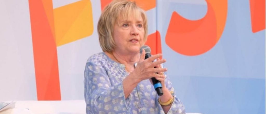 OBSTRUCTION OF JUSTICE: Hillary Clinton Posts Instructions IN SPANISH For Illegal Aliens to Evade ICE Agents